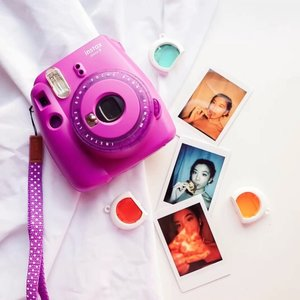 """It's time for my Instax #Giveaway!! As promised you can win yourself a brand new Instax Mini 9 and enjoy the thrill and art of capturing moments 💕 ..-Basic Rules ⬇️⬇️⬇️oPartisipan harus follow @instaxindonesia dan @steviiewongoComment """"what's your definition of self love?"""" di post ini dan  tag 3 teman oShare this giveaway di  IG Story dan tag @instaxindonesia and me o  Be active on my pageoHadiah : 1 buah Instax Mini 9 dan 2 film untuk 1 orang pemenang.-Plus point if you hop over to my blog (steviiewong.com) and find the article three words eight letters. Read through and comment on the blog your thoughts and don't forget to put in your IG account too, so I can  track on your entry. // Multiple entry is allowed 🤩 but make sure to tag different friends every time! ...Giveaway period 12 - 18 July 2020, I'll announce the winner on 19 July 2020 ❤️ Have fun, share the joy around 🤗  #DontJustTakeGive #InstaxIndonesia #InstaxGives #InstaxatHome #giveawayindo"""