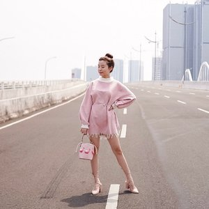 There's a lot of different lanes on road but choose your own lane wisely 😄 mind the gap & keep safe distance ❤️ . . . . . . . . . . . #photooftheday #ootdfashion #ootdindo #wiwt #ootdmagazine #ootdsubmit #outfit #pink #lookbook #lookbooknu #pink #ootdstyle #ootdinspiration #lookbookindonesia #fashionblogger #stylefashion #streetfashion #streetstyle #streetinspiration #qotd #potd #zalorastyleedit #steviewears #clozetteid