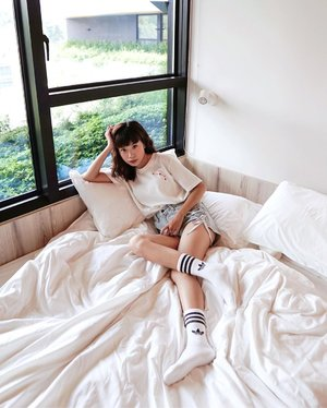 Wake up every day with purpose, with goals, with intention to be better. 🥰 Just came back from a brief trip to 🇸🇬 over the weekend, there's something about it that feels like a second home to me. This trip is made even more memorable since I get to stay at the newest boutique hotel @live.lyf.here at Funan which was very close by to the cityhall MRT and pretty much close to all the attractions downtown. It's location is so strategic and the hotel is also so cozy, they even have a kitchen and common space to share ! // 📸 @priscaangelina ....... ......#style #steviewears #whatiwore #beauty #clozetteid #staycation #ootd #gateaway #love #fashionpeople #sonyforher #adidasgrandindonesia #singapore #lifeofadventure #chasinglight #fashionista #wanderlust #artofvisuals