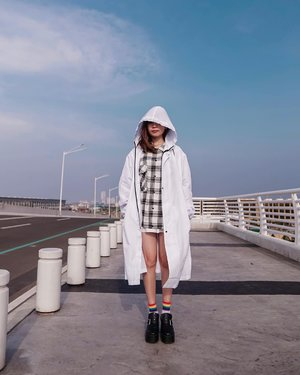 Stay safe and protected in this New Normal Era with @hattaco_official Lite Protection Parka 💡 A piece you'll need to brave yourself and still be productive during this times.  . . - 📸 @priscaangelina  . . . . . . . . . .  #photooftheday #ootd #wiwt #exploretocreate #clozetteid #ootdstyle #ootdinspiration #love #collabwithstevie #lookbookindonesia #fashionblogger #style #whatiwore #stylefashion #fashionpeople #localbrand #streetinspiration #staysafe #atheleisure #steviewears