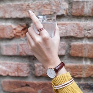 Daniel Wellington has recently launched their Classic Ring collection that pair so perfectly to the classic bracelet as well as their time pieces. You can now complete your classic look at www.danielwellington.com, don't forget to check out with my code 'steviewong' to get 15% off with any purchase! #DanielWellington #DWcompletethelook