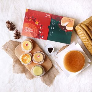 Jingle bells, Jingle bells 🎄 its about time for Christmas!! Can't believe tomorrow is already Christmas eve😍, have you bought any sweet treats to celebrate with your beloved ones? A celebration is never complete without cakes right! Why not try out this super soft molten cheesecake with melted cheese on the inside to share with your loved ones... their Christmas packaging is also super cute and you can easily order yours through @gojekindonesia GO Food apps if you have no time to go to the store to purchase.. 👌🏻 skip all the traffic jam and enjoy some soft cheese cake with the help of Go Food ! Lots of different flavors variations are available too, I'll be sharing my whole complete review on @kibocheese cheesecake soon on steviiewong.com 💛 Cheese lovers definitely check them out , I bet you'll love it as much as I do 🧀🧀🧀 ....#shotbystevie #flatlay @clozetteid #stevieculinaryjournal #collabwithstevie #Kibocheese #Kibomoltencheesecake #moltencheesecake #Clozetteid #ClozetteidReview