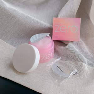 @banilaco_id Clean It Zero Cleansing Balm Original removes makeup, even waterproof mascara and eyeliner. ❤️ Clean It Zero sells every 3.1 seconds globally! How amazing is that ? ...#style #shotbystevie #banillaco #beauty #skincare #kbeauty #clozetteid