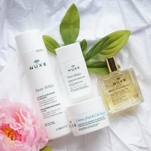 Are you ready for some new skincare? Your skin is dehydrated and need of some booster maybe this skincare by @nuxeindonesia can help you achieve your healthy, luminous and glowing skin! Read more on my review on these @nuxeindonesia products especially the white series ones on steviiewong.com ❤️ . . . . . . . . #sephoraid #nuxeindonesia #nuxe #sephoraidnbeautyinfluencer