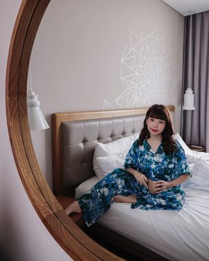 Yeay, it's Saturday !! Wrapped in the super comfy chillwear by @3mongkis ❤️ . . - 📸 @priscaangelina / 📍 @mercurejktpik  . . . . . . #photooftheday #ootdfashion #explore #wiwt #pjs #ootdsubmit #style #lookbook #lookbooknu #ootdinspiration #wearlocal #fashionblogger #stylefashion #loungewear #streetinspiration #potd #zalorastyleedit #steviewears #clozetteid #staycation #chill #parisianstyle #whatiwore