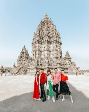 What's the dresscode? Bright colours 🎨 and then everyone tricked me and shows up in red tone 🤪 Missing those freedom, we never thought something so normal would turn out so different 2 years after... Life is a mystery, Cherish now 🍒  . . 📸 @sweet.escape  📍 Candi Prambanan . . . . . . . . . #explorejogja #DiIndonesiaAja #ootd #steviewears #collabwithstevie #love #style #yogyakarta #jogja #bestvacations #sweetescape #clozetteid #viaparadise #travelawesome #beautifuldestination #bestplacestogo