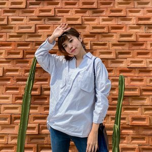 A laid back morning ☀️😉 wrapped in this Mirubi shirt perfect flowy oversized top for casual day out or work attire 💼 . - Shop @chicgirl.id with my NEW promo code CHICSTEV to get additional 5% off on all items on their webstore or @shopee_id .  . . . . . . #photooftheday #ootdfashion #explore #wiwt #ootdmagazine #ootdsubmit #style #lookbook #lookbooknu #ootdinspiration #wearlocal #fashionblogger #stylefashion #streetstyle #streetinspiration #potd #zalorastyleedit #steviewears #clozetteid #shotoniphone