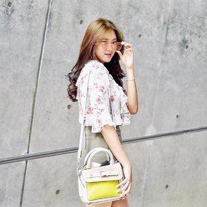 Kapan rambut panjang lagi ? 😂😂 #clozetteid 📸 @feliciaadella . . . . . . . . #longhair #LYKEambassador #bblogger #product #dongdaemun #dongdaemundesignplaza #ddp #korea #koreanskincare #outfit #fashion #fashionpeople #peoplescreatives #inspiration #fashiondesigner #fashionaddict #fashioninfluencer #explorekoreawithmariaistella #garosugil #travelideas #youtube #hongdae