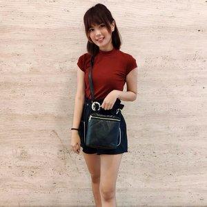 Start loving yourself for everything you already are 💖 . My cute bag from @dinbags . . . . #Clozetteid #beautynesia #ootd #potd #fashion #fashionphotography #fashionblogger #styleblogger #streetstyle #style #potd #ootdindo #fashionvibes #urbanfashion #urbanoutfitters #urbanphotography #ootdstyle #ootdjakarta #endorse #endorseindo #endorseindonesia #endorsement #fashionable #fashiongirl #girls #asiangirl #likeforlike #spamlikes #love #socialenvy #socialmedia