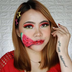 🍉 WATERMELON 🍉 . Inspired by : @nickaylahiler . Btw pasti langsung salfok sama softlens galaxy aku hahhahaha Nama nya EOS Dunia warna Violet dari @gitageo_softlens dong pastinya 😍 . Deets : • @dashingdiva_official Nails, Cherry Flower • @smileouppa.id TheYEON Toning7 Radiance Liquid Cream • @benefitindonesia Matt Rescue & License to Blot • @makeoverid Powerstay Foundation N30 • @altheakorea Flawless Creamy Concealer 02 Ginger • @makeoverid Powerstay Transparent Loose Powder • @ran_cosmetic_indonesia Powder • @morphebrushes 35B Eyeshadow Palette • @luxart.lashes Type : Fabulous LA 010 • @officialsnazaroo & @mehronmakeup Face Painting • @lakmemakeup Marble Eyebrows & Naturale Matte Sticks shades Ruby Space @lakmeprgirl • @catrice.cosmetics Sun Glow Matt Bronzer • @inezcosmetics Blush On • @sleekmakeup Soltice Highlighter . @tampilcantik @tips__kecantikan @zonamakeup.id @tutorialmakeup_id @ragam_cantik @selalucantik.id @meriaswajah @syantiktutorial @ragam_kecantikan @zonacantikwanita @dandan.indonesia #flovivi #ClozetteID #beautybloggerindonesia #tutorialmakeup #makeuptutorial #makeupoftheday #motd #indobeautygram