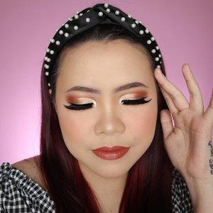 Pucing deh barbie.... Bingung mau makan apa siang ini 🤷🏻♀️ Ada ide ga? . . Eyeshadow nya pake @byscosmetics_id nude 4 Lip nya pake @brunbrun_paris velvet, tp lupa shade apa 🤣 . . . . . . . . . . #makeupoftheday #tutorialmakeup #Tutorialdandan #makeuptutorial #tutorialmakeup #indobeautygram #makeupoftheday #beautybloggerindonesia #motd #popbelabeauty #flovivi #ClozetteID #cchannelid #cchannelbeautyid