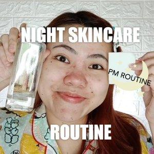 YAY Akhirnya aku share juga neeeh night skincare routine aku ! Bahahhaha... Ini sebenarnya idah pada tiris2 bgt produknya, bentar lagi abis, dan pengen bangeg ganti ke produk lain tapi bingung 😆🤔 . Details : @nivea_id Makeup Remover @steambase_official Calendula Deep Moisture Cleansing Water CUCI MUKA GA DI SHOOT WKWK TAPI PAKE @laneigeid @skin1004indonesia Toner, Serum, dan Cream @clinelleid Caviar Gold Firming Eye Serum @indoganic_official Rosehip oil & Face Quartz Roller . ❤️❤️❤️❤️❤️ #tutorialmakeup #SkinCareRoutine #makeup #cchannelid #cchannel #BeautyBloggerIndonesia #indobeautygram #tipskecantikan #flovivi #ClozetteID
