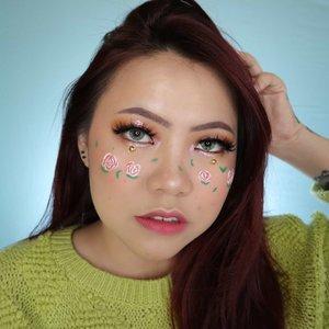 Roses 🌹 . . . . #makeupoftheday #tutorialmakeup #Tutorialdandan #makeuptutorial #tutorialmakeup #indobeautygram #makeupoftheday #beautybloggerindonesia #motd #popbelabeauty #flovivi #aestheticmakeup #aesthetic #ClozetteID #cchannelid #cchannelbeautyid @tampilcantik @tips__kecantikan @tutorialmakeup_id @ragam_cantik @meriaswajah @syantiktutorial @ragam_kecantikan @zonacantikwanita