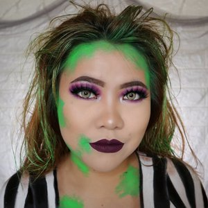 BEETLEJUICE 🧟‍♀️ HALLOWEEN CHALLENGE 26/31 🎃 #31daysofhalloween 🎃 . SAY MY NAME 3 TIMES !! BEETLEJUICE BEETLEJUICE BEETLEJUICE ✨ . Hehehe ini look buat day 26 yah 😁 Pada tau Beetlejuice gak?? Iya ini film tahun 1988 😂 • Eyelash @fabulashes.official Emma • Softlens @pinkrabbitlens Cathy Brown • Lip @makeoverid 020 Style . #wakeupandmakeup #halloween2019 #halloweenmakeup #halloween2k19 #halloweenmakeupchallenge #makeupoftheday #makeuphalloween #halloweenedition #motd #flovivi #clozetteID #cchannel #cchannelid @minuet.official #bloodyminuet