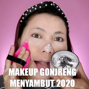 Yakkkk ini tutor nya yah wkwk Tapi aku bagi 2 part, part conplexion & eyelook. nanti besok or senin aku up tutorial buat eyelook nya. ❤️ . Details : • Moisturizer Well Lit @ • Primer @eminacosmetics • Foundation @maybelline • Concealer @getthelookid • Loose Powder @makeoverid • Compact Powder @australiscosmetics_id • Eyeshadow @ucanbemakeup • Contour & Highlight @mizzucosmetics • Blush @mizzucosmetics • Lip @banilaco_id . . . . 🎥Camera Canon EOS M100 🎛️Edit with @vivavideoapp Pro 🎶Make You Mine - PUBLIC . . . . . . #makeupoftheday #tutorialmakeup #Tutorialdandan #makeuptutorial #tutorialmakeup #indobeautygram #makeupoftheday #beautybloggerindonesia #motd #popbelabeauty #flovivi #ClozetteID #cchannelid #cchannelbeautyid . @tampilcantik @tips__kecantikan @tutorialmakeup_id @ragam_cantik @meriaswajah @syantiktutorial @ragam_kecantikan @zonacantikwanita