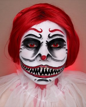 🤡CREEPY CLOWN🤡 HALLOWEEN CHALLENGE DAY 4/31 🎃 #31daysofhalloween 🎃 🖤 #HALLOWEENWITHFLOVIVI 🖤 . Face paint : @officialsnazaroo  . . . Inspo : @raydiatebyraychel  #halloween #halloween2020 #halloweenmakeup #halloween2k20 #halloweenmakeupchallenge #makeupoftheday #makeuphalloween #halloweenedition #motd #flovivi #clozetteID #cchannel #cchannelid
