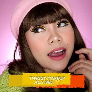 Yuhuuuu.... Kalo di suruh milih tahun favorit, aku paling suka emang era 1960 😍 Soalnya fashion, makeup dan style nya tuh unik2 😍 . . . 🎥Camera Canon EOS M100 🎛️Edit with @vivavideoapp Pro ________ #clozetteid #flovivi #motd #beautybloggerindonesia #tampilcantik #tipscantik #cchannelid #makeuptutorial #tutorialmakeup #tipsmakeup #softglam #makeupsimple #makeupgampang #vintage #60smakeup #60s #aestheticmakeup