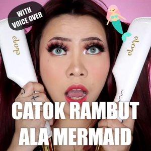 Huehehe dah lama ga bikin video Voice Over yes 🤣 Kali ini aku bikin wavy hair ala mermaid lagi nih pake catokan Marinee dari @elonaworld tapi yang size nya 25mm. Wave nya lebih gede gede gitu jadinya. Kalo aku sih lebih suka yg 25mm yes. Kalo kalian gmn? Comment di bawah 👇� . . . . 🎥Camera Canon EOS M100 🎛�Edit with @vivavideoapp Pro . . . . . . #stylingrambut #makeupoftheday #tutorialmakeup #Tutorialdandan #makeuptutorial #tutorialmakeup #indobeautygram #tipsrambut #makeupoftheday #beautybloggerindonesia #motd #popbelabeauty #flovivi #hairtips #ClozetteID #cchannelid #cchannelbeautyid #tipsstyling  @tampilcantik @tips__kecantikan @tutorialmakeup_id @ragam_cantik @meriaswajah @syantiktutorial @ragam_kecantikan @zonacantikwanita