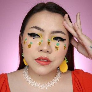 🍍🍍🍍🍍Gimana yg udah mulai kerja ?Stay safe ya all 💛..#aestheticmakeup #aesthetic #artmakeup #makeupart #flovivi #aestheticgrunge #softgirl #ClozetteID #cchannelmakeupid #freckles