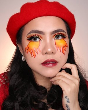 Happy Sunday! Hari ini aku lagi semangat ngonten hahahha Semoga hari ini ga ujan gede lagi ya, sad banget liat banjir ibukota 😭 . . Products : • Cushion @sadabycathysharon Light Beige • Loose Powder @sadabycathysharon Natural • Facepaint @mehronmakeup • Eyeshadow @ucanbemakeup Pretty All Set Palette • eyebrows @luxcrime_id Ash • Lip @imploracosmetics Lip tint shade Vampire Blood + @sadabycathysharon Dolla Gloss shade Orchard Bling . . #beautybloggerindonesia #art #makeupart #beautymakeup #flovivi #aestheticmakeup #aesthetic #aesthetics #clozetteid #makeupartist #artmakeup