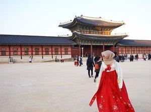 Beautiful Hanbok #necgoestokorea #helloitsmenelyaulia  #clozetteid