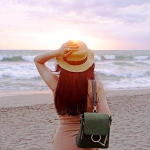 Golden hour at its best 🌥✨. - - #goldenhour #baligasm #travelgram #ClozetteID