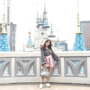Happiest place on earth 🏰💖. - #ootd #amusementpark #themepark #LotteWorld #ClozetteID