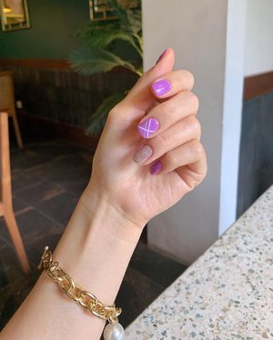 Currently in love with my purple nails done by @salsabeautycentre 💜.  #Nailart #handsinframe #ClozetteID