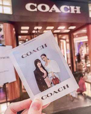 In frame with @tyamihoo for @coach event yesterday. Their Spring20 collection is out now in @tunjungan_plaza 4 LG Floor. I bet everyone is eyeing on Hutton Shoulder Bag now , color blocked made from refined leather with animal print details got me like 👀. . Thank you for inviting Ce @tyamihoo 💕. . . #coach #springcollection20 #ClozetteID