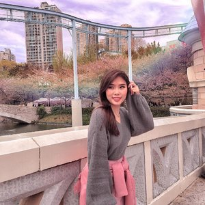 Some memories are here to stay.  Btw, I listed 10 best places to visit in Seoul at www.chelsheaflo.com/travel 😄. . . #throwback #travelinkorea #ClozetteID #coloursindonesia