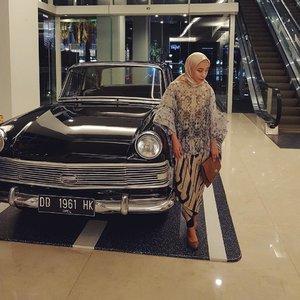 Perbanyak melihat ke bawah, agar kita banyak bersyukur dan merasa beruntung..Since ...There's no such thing as a perfect life. But we can fill it with perfect moments. .#kondangankalaitu #selfiekondangan #hijabfashion #hijab #hijabi #hijabers #hijabstyle #hijabista #hijabfashion #hijabkondangan #hijabootd #ClozetteID #ootd #ethnic #ethnicstyle #ethnicfashion #fashionblogger #blogger #bloggerlifestyle #fashionbloggermakassar #fashionlook #fashionlovers #fashiongram #instagramers #vsco