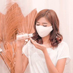 Be well, be safe. We can get through this. . Masker kain dan hand sanitizer by @ruhee.id . #clozetteid #lifestyle #maskerkain #maskeruntuksemua #maskerkainuntuksemua #newnormal2020