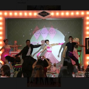 Mau tau serunya event @benefitcosmeticsindonesia memperkenalkan produk terbarunya yang super inovatif cek ke blog aku yah http://www.beautydiarykania.com/2015/03/event-report-benefit-cosmetics.html #ROLLWITHINDO #benefitcosmetic #beauty #blogger #beautyblogger #beautydiarykania #potd #clozetteid #cosmetic