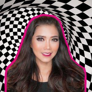 💗GIVEAWAY ALERT💗 This look inspired by @makeoverid runway look, from Make Over show #ColorsUncensored at Jakarta Fashion Week 2020 #MakeOverxJFW2020 dimana kita bebas berekspresi menjadi diri sendiri melalui warna yang kita suka tanpa dibatasi. Disini aku bikin makeup dengan tema #ColorsUncensored dengan warna yang aku suka : Eyes: Makeover Blush On Single in Caribbean Sunset & Pink Fantasy Face: Makeover Powerstay Cushion#W22 Lips: Makeover Crayon Lipstick in Harper . Disini aku juga mau ajak kalian untuk ikut berani mengekspresikan diri dengan warna-warna karena ini #ColorsUncensored ! . GIVEAWAY get free products worth total 3 mio! 1. Make your makeup look inspired by Make Over looks from Jakarta Fashion Week  #MakeOverxJFW2020 2. Post at your instagram feed and tag @makeoverid and 2 of your friend 3. Use hashtag #ColorsUncensored #MakeOverxJFW2020 #MakeOverJFWGiveaway 4. Period: 30 Oct - 21 Nov 2019 5. 6 winners will be announced at @MakeOverID instastory at 25 Nov 2019 . #makeoverid #clozetteid #sociolla #beauty