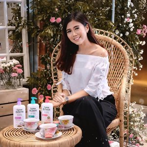 The new from@corinedefarme_id Intimate care Series..So...Yesterday@corinedefarme_idcelebrated of the new intimate care launch. The products gently cleanses and helps maintain the  balance of the  intimate area, it provides comfort and wellness in everyday life. Formulated under pharmaceutical control & tested under dermatological control..There are 4 varians are :💗 Shower Gel 2 in 1 Body & Intimate♥️ Intimate Gel Soft💙 Intimate Gel Fresh💜 Intimate Gel Protect.Can't wait to try this products❤️.@beautyjournal#ItsMyNature #CDFIntimateCare #IntimateCare #CorinedeFarme #CleanBeauty #CorinedeFarmeIndonesia #BeautyJournal #CorineDeFarmeXBeautyJournal #ClozetteID