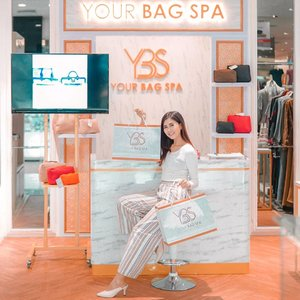 Just pick up my bag & shoes from @yourbagspa ❤️ . Swipe to see the result😍 and I super love the result✨ .  It's really recommended for professional treatment cleaning, repair, recolor, your bag, shoes & wallet at @yourbagspa 👌🏼 . #yourbagspa #lifestyle #style #ClozetteID