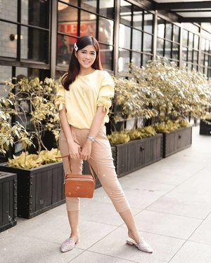 Everybody is nicer to me when I'm in yellow. . 📸 @dennyirawanphotos #ootd #style #lifestyle #ClozetteID #outfitoftheday