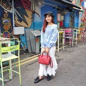 Do anything, but let it produce joy..📸 @dennyirawanphotos.#gongxifacai #ootd #outfitoftheday #clozetteid #likesforlikes #beauty #lifestyle #blogger #outfitoftheday #style #motd #holiday #singapore #visitsingapore #exploresingapore #wonderlust #wonderlustsingapore #passionmadepossible #fashion