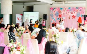 Today, we learn much about how to care our breast as well as possible to protect them from cancer attack with @sorellaid and @lovepinkindonesia ...@sorellaidSupported media by:@womantalk_com@thesmartmamas@grid_id@tabloidnovaofficial...#allaboutinnerbeauty#sorellainnerbeauty#sorellaindonesia#sorellagoestolombok#smartmama#gridid#womantalkdotcom#respectstartswithme#cicidesricom #cidessharing #cidesupdate #cidesreview #clozetteid