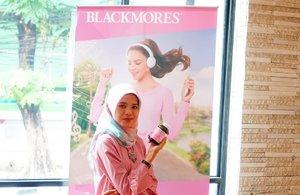 Yeay... Alhamdulilah Sabtu nya sangat berfaedah. Hari ini saya sedang bersama @blackmoresid dalam kegiatan dan kampanye PAS (Peduli Asupan Sehat). __Kegiatan ini sudah berjalan di beberapa kota lainnya seperti Yogyakarta dan kini PAS hadir di Jakarta yaitu di Padi Resto Puri Denpasar.__Tujuan dari kampanye Bunda Peduli Asupan Sehat bersama @blackmoresid yakni utk mengedukasi para bunda mengenai pentingnya pengetahuan akan Bunda PAS (Peduli Asupan Sehat) soal asupan nutrisi yang PAS selama kehamilan dan menyusui.__Hadir pula 3 narasumber siang ini yakni:🌸 Adinati Reksoprodjo🌸 Catherine Sumitri🌸 Rini Yulianti__@blackmoresid@thesmartmamas..#SayaBundaPAS#PeduliAsupanSehat#BlackmoresID#BlackmoresIndonesia#blackmoressharingmoment..#cicidesricom #cidesupdate #bloggerid #momblogger #clozetteid #travelnesia