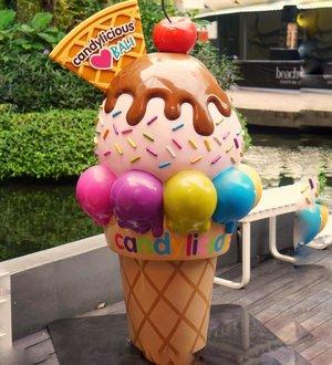 🍦🍦🍦....#cicidesricom #icecream #candylicious #bali #beachwalk #herboristgoestobali #clozetteid #momfluencer