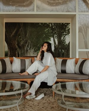 Can't wait for the weekend! Getting too comfortable with @kinkami.id shirtdress and wearing it as a top #kinkamiclothing