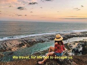 For life not to escape us 🌤🌊 #VeronycaGoesToBali#VeronycaTravelDiaries#VeronycaStyleDiaries•••••📸 : @michael_joso •••••••#clozetteID #fashionblogger #potd #ootd #airportootd #medanbeautygram #l4l #lookbookindonesia #ootdindo #followforfollow #blogger #likeforlike #vsco #vscocam #wiwt #outfitinspo #ootdmagazine #indonesia #photography #fblogger #fashionstyle #indofashionpeople #streetstyle #styleblogger #ggrepstyle #streetstyle #ggrep