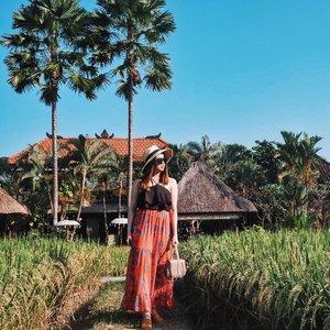 Stuck in a never ending summer holiday☀� #VeronycaTravelDiaries #VeronycaStyleDiaries • • • • •📸 : @chen_cia_cia • • • • • • • #clozetteID #fashionblogger #potd #ootd #airportootd #medanbeautygram #l4l #lookbookindonesia #ootdindo #followforfollow #blogger #likeforlike #vsco #vscocam #wiwt #outfitinspo #ootdmagazine #indonesia #photography #fblogger #fashionstyle #indofashionpeople #streetstyle #styleblogger #ggrepstyle #streetstyle #ggrep