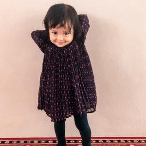 Where's my hand? 🤷🏿♀️Sehat sehat sehat sehat ya deeek 💋#kesayangan #weekend #mysecondborn #babygirl #babysister #instababy #babyofinstagram #babygirlstyle #babyfashion #babylove #loveofmylife #clozetteid #raneyshailiana #secondlove #secondborn #babygirl #littlesister #babygram #raneyshailiana