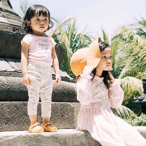 Tatapan nanar liat setrikaan segunung ketika pulang kantor.... 😳😳   #motherhood #instamom #workingmom #clozetteid #noartnocry #momoftwo #momlyfe #momproblem #kesayangan #family #firstborn #secondborn #loveofmylife #raneiratsuraya #raneyshailiana #mood #instaworkingmom