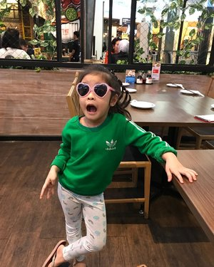 Club eighties 💚😎Karena kacamata cengdem adalah koentji pergaulan masa kini 😆.Tap the photo for ootd details 🕶..#raneiratsuraya #swag #instakids #kidsgram #kidsofinstagram #swagstyle #backtoeigthies #oldschool #toddlergram #instatoddler #instafashionkids #shesinfashion #kidsfashion #kidsstyles #toddlerswag #toddlerfashion #toddlerrules #toddlerfun #toddlerjustwannahavefun #toddleryear #clozetteid #firstborn #firstlove #sistertobe #sistertobesoon #kesayangan #toddlerswag #kidsootd #toddlerootd #toddlergirl #toddlergirlfashion