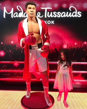 """Don't count the days; make the days Count."" - Muhammad Ali..#raneiratsuraya #quoteoftheday #muhammadaliquotes #muhammadali #instakids #kidsofinstagram #instatoddler #toddlergram #kesayangan #firstlove #firstborn #kidsfashion #whileinbangkok #latepost #madammetussauds #bangkok #travelingkids #clozetteid #todderstyle #toddlergirl #toddlertime"