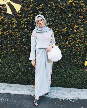 1 Syawal 1439 H ❤Minal aidzin WalFaidzin ❤..Dress by @aliyahnurs 👍🏻😀#ramadhanmubarak #iedmubarak #clozetteid #clozette #clozettehijab #ootd