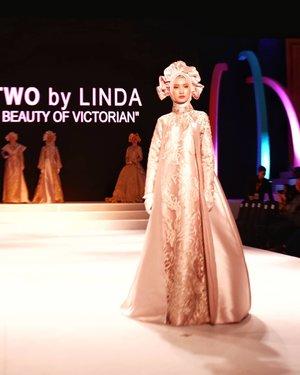 "L-TWO by LINDA ""THE BEAUTY OF VICTORIAN"" @ltwoshop..Ternyata gaya victorian bisaa diadaptasi menjadi busana muslim yang keren-keren ini 😍. Aku paling suka baca di slide ke 7, kalau kamu?#fashion #bloggerlife #lifestyleblogger #fashionshow #clozetteid #clozette #TheBeautyofVictorian #Linda #LTWo #Femme2019#CBFW2019#TheFutureOfCulture#AprilKeMakassar#berbudayaitukeren#fashion #beauty #fashionshow #events #exhibition #runway #models #designers #makassarevent #makassarinfo #makassar #exploremakassar #visitsulsel #pesonaindonesia"